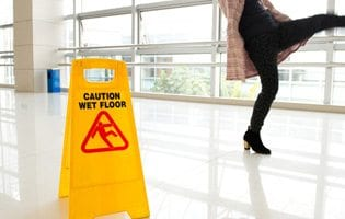 Slip & Fall Accidents Lawyer Burlington Ontario